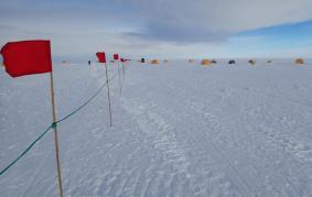 Tent city, WAIS camp, deep field.