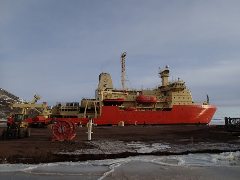 Ice breaker arrived to the ice pier in preparation for the fuel tanker and the cargo vessel.